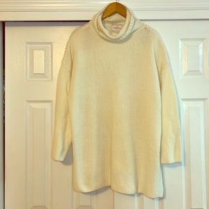 Express Tricot Cream Oversized Sweater Size Large